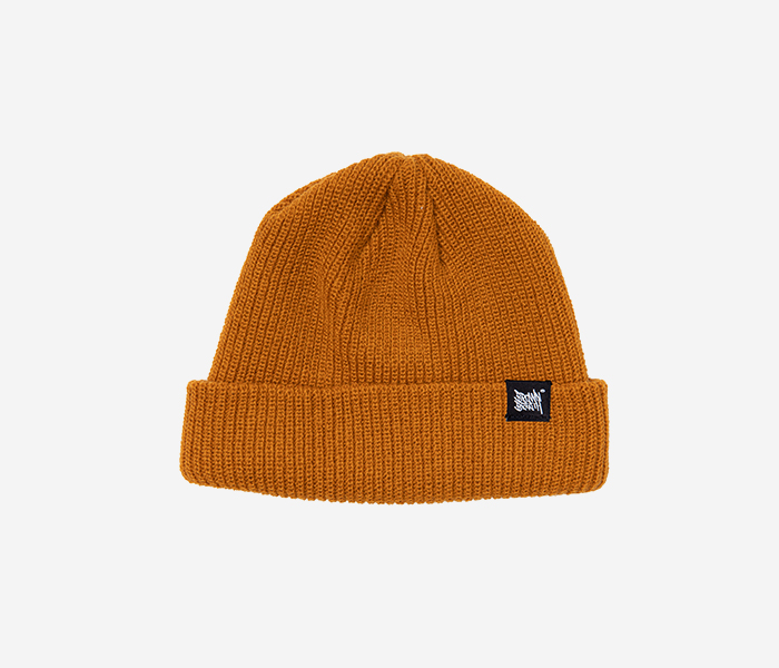 TAGGING SHORT BEANIE - CAMEL brownbreath